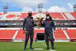 Pepé Santoro y Chivo Pavoni, homenajeados por Independiente.