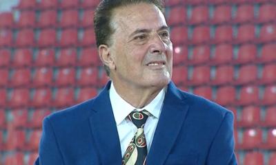 Una de las tribunas del Libertadores de América lleva el nombre de Pepé Santoro