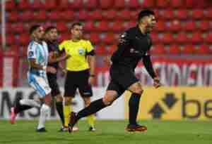 Silvio Romero, importante en el triunfo de Independiente ante Atlético Tucumán.