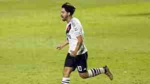 Martín Benítez dio positivo de coronavirus y no pudo jugar este jueves a la noche ante Fortaleza.