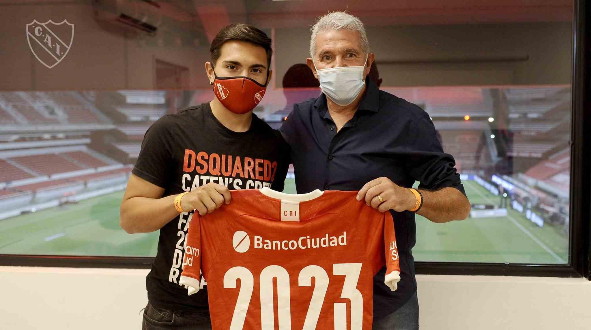Saltita González renovó su contrato con Independiente