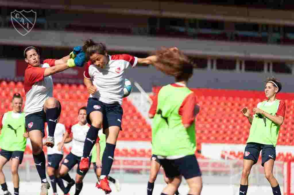 """Victoria Maugeri: """"""""El fútbol femenino está creciendo muchísimo, gracias a que se abrieron muchas puertas"""""""