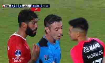 Barboza fue a buscar al arquero de Lanús al termino del partido