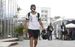 Pulgar abajo: Vasco no comprará a Martín Benítez y debe volver al Rojo
