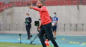 Ariel Holan saludó a Independiente