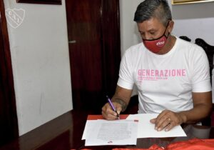 Pedro Monzón firmó su contrato con Independiente