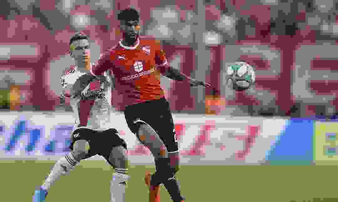 Alexander Barboza se despidió de Independiente