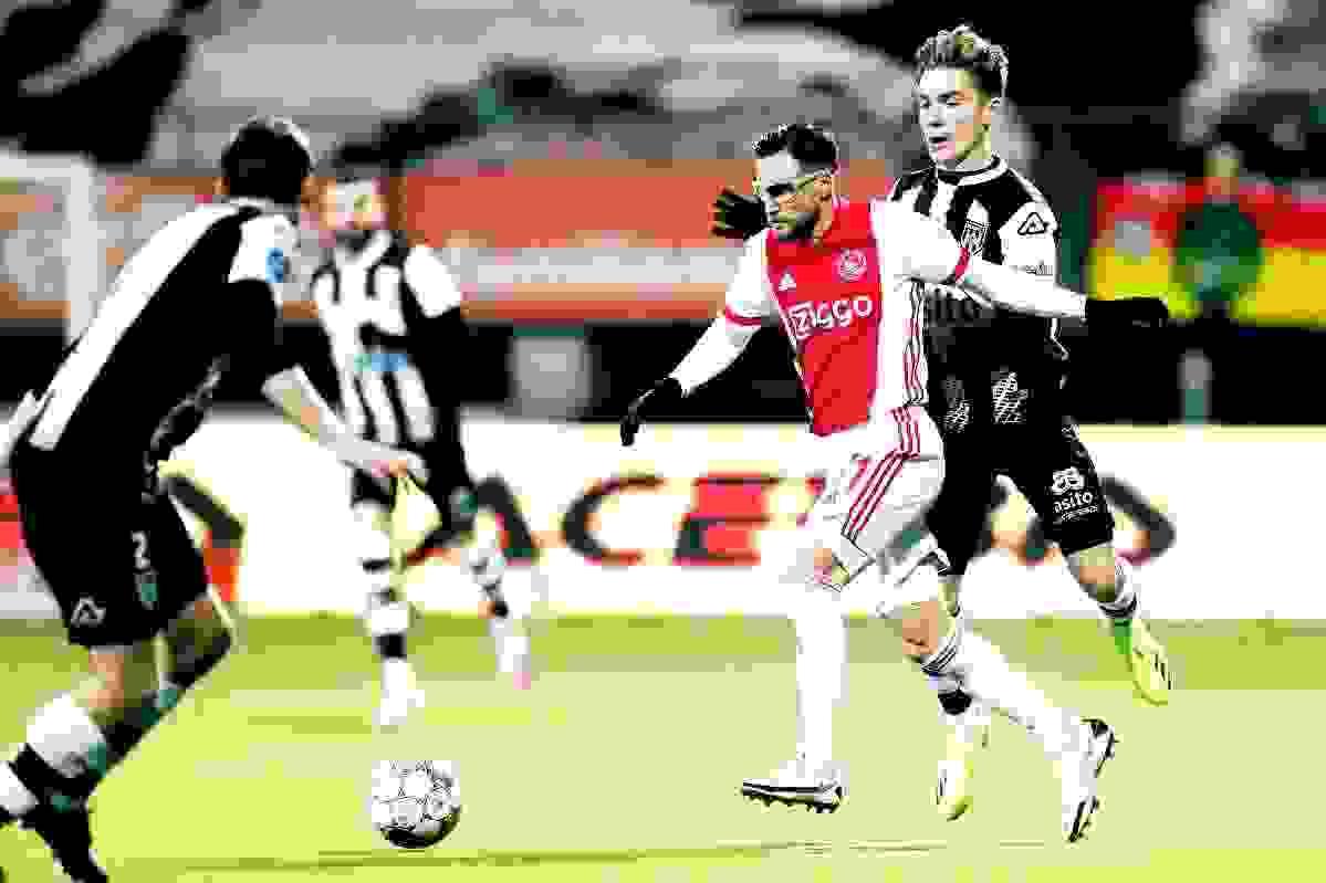 De la mano de Tagliafico, Ajax se acerca al título