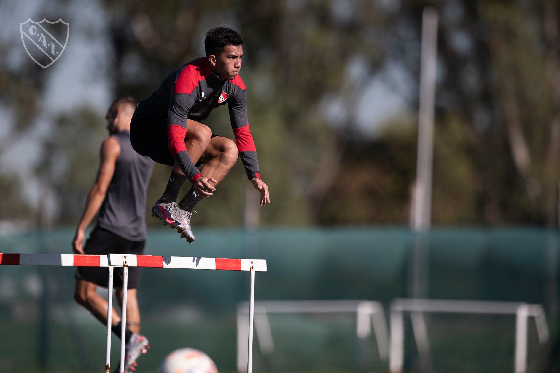 Alan Velasco volverá a tener un lugar en el once titular de Independiente