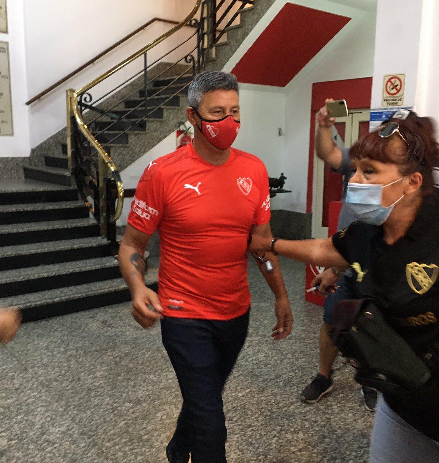 Pedro Monzón dio positivo en el testeo PCR y se perdería los próximos encuentros del Rey de Copas