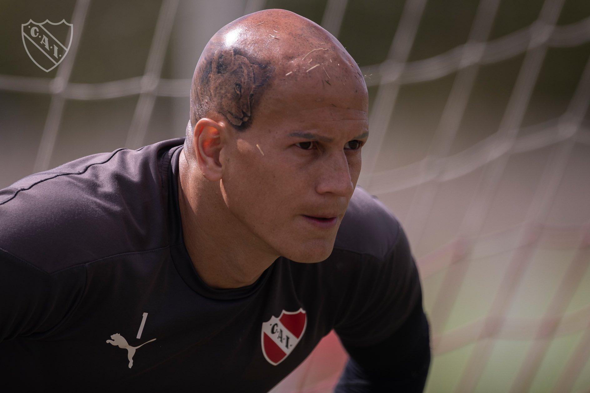Sebastián Sosa volvió a entrenar y volverá a ser el arquero de Independiente