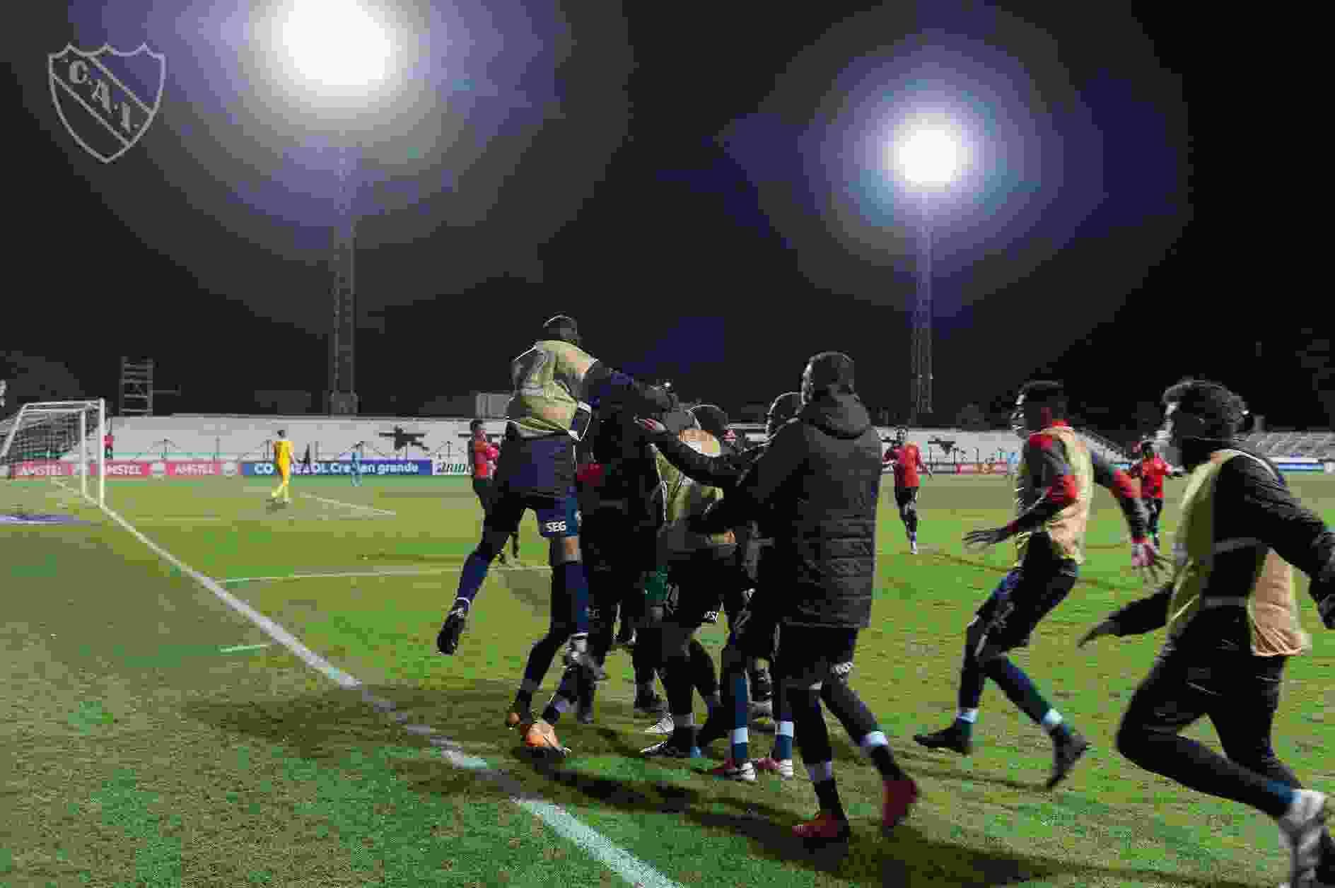 Independiente disputará la semifinal del torneo local ante el Sabalero