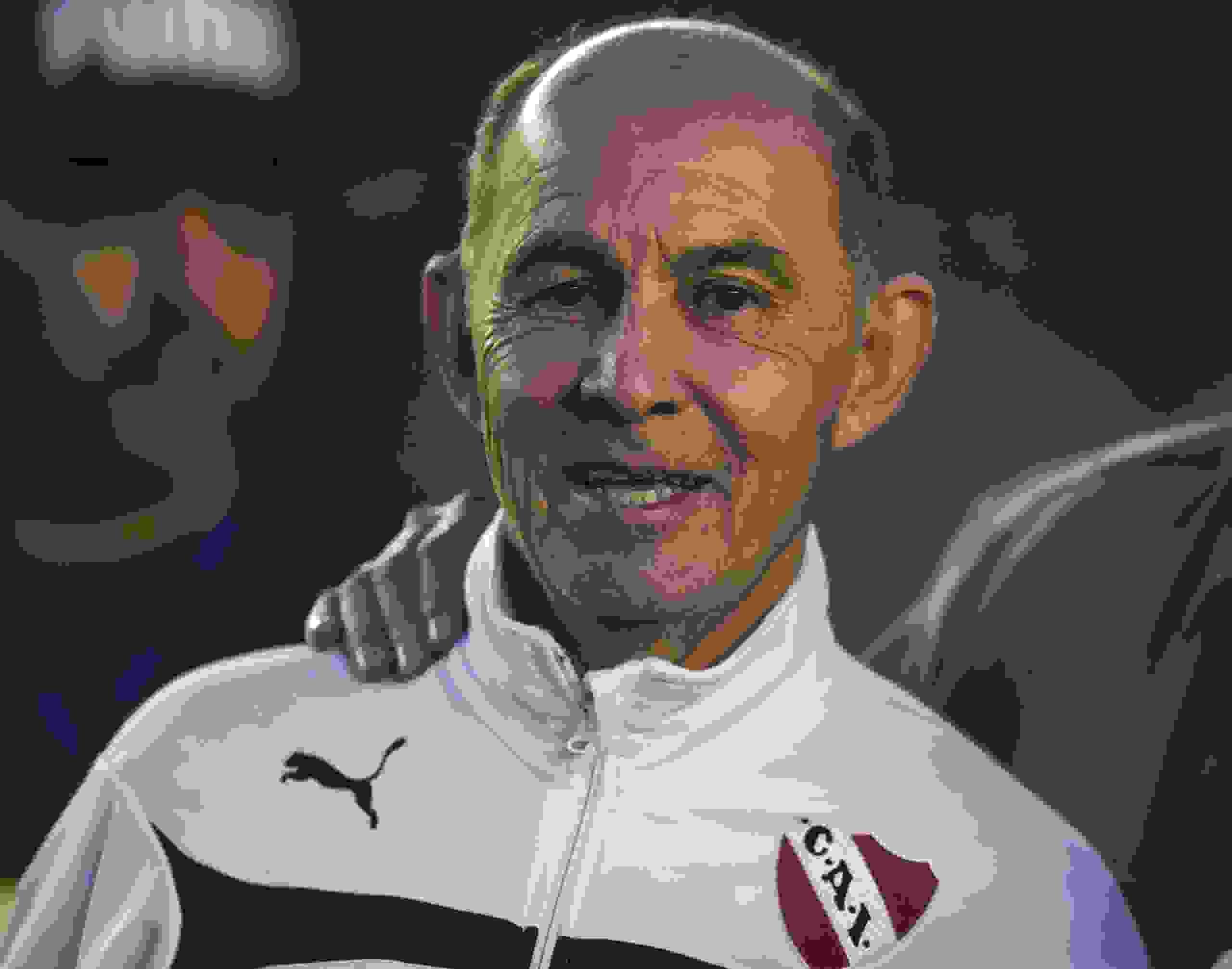 Ricardo Bochini reapareció y analizó el presente futbolístico que está viviendo el Orgullo Nacional