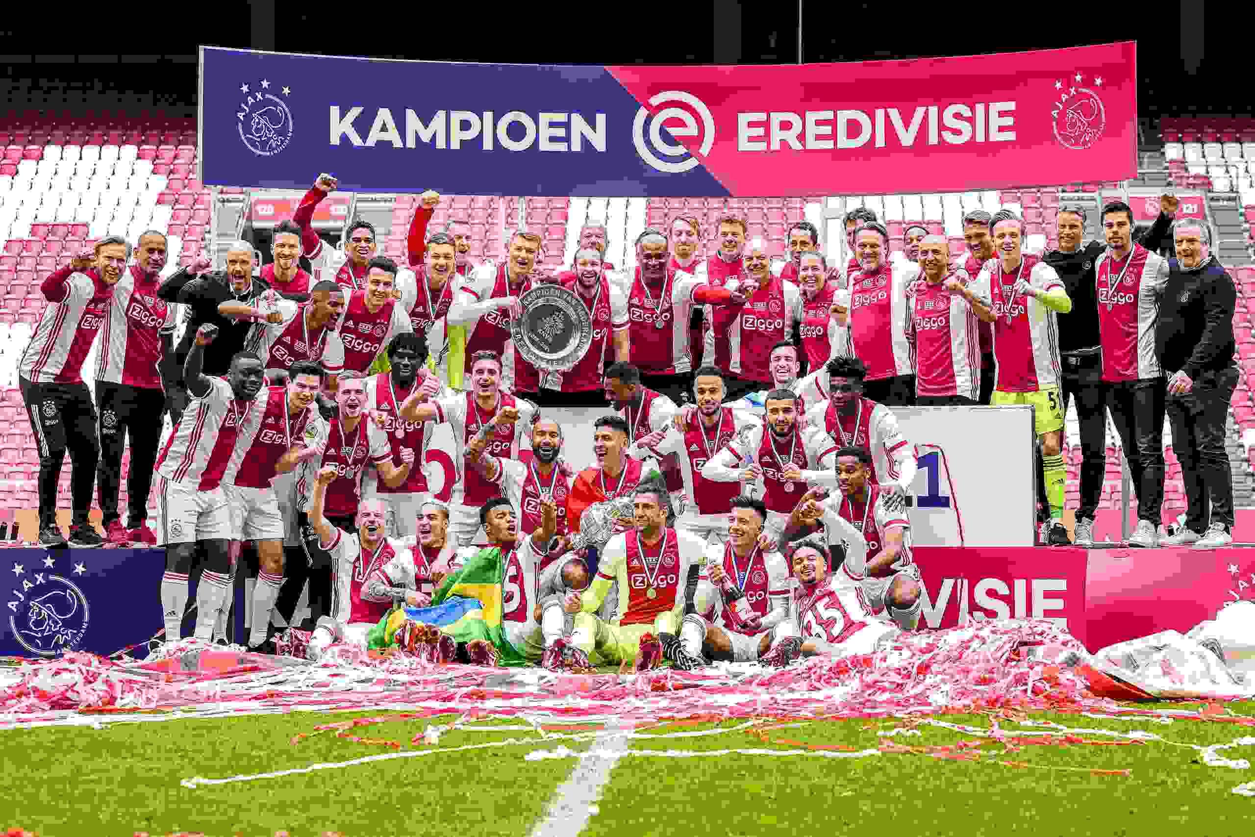 Nico Tagliafico logró su sexto título en el Ajax