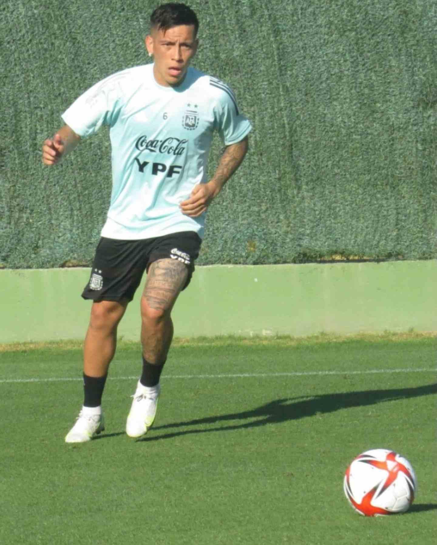 Esequiel Barco se entrena con la Selección Argentina Sub23 en su gira por España