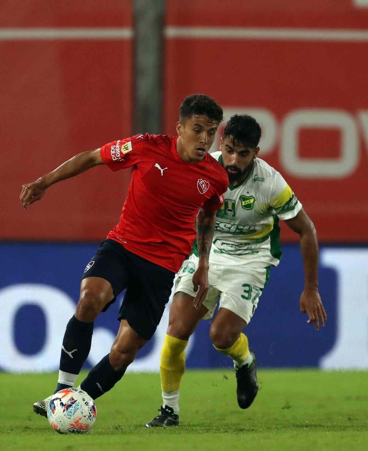 Andrés Roa podría dejar el club en caso de que llegue una buena oferta por él.