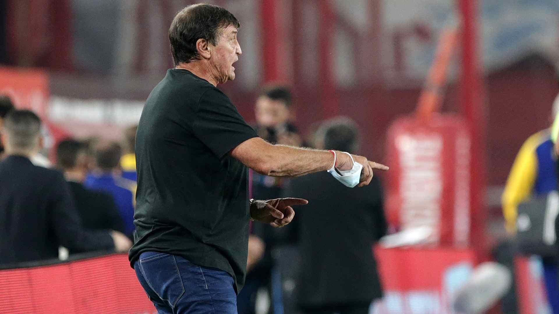 Julio Falcioni trabaja en lo que será la pretemporada del Rey de Copas.