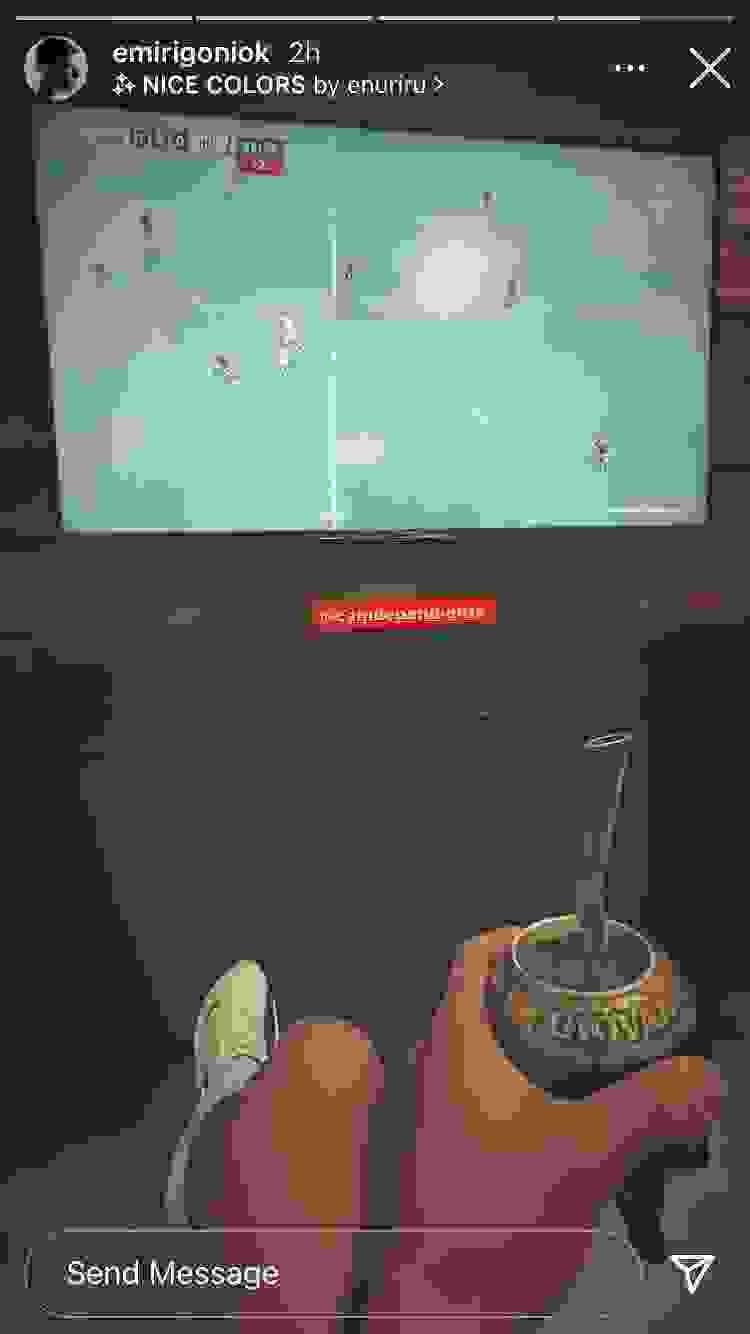 Emiliano Rigoni miró el duelo entre Santos e Independiente y lo mostró en sus redes sociales.