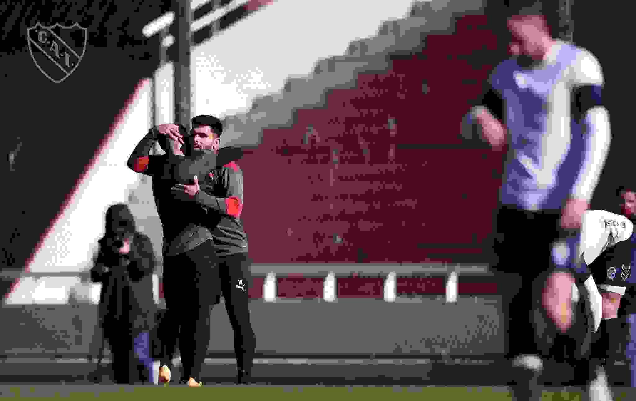 Después de cuatro semanas de pretemporada, Independiente hará su presentación oficial.