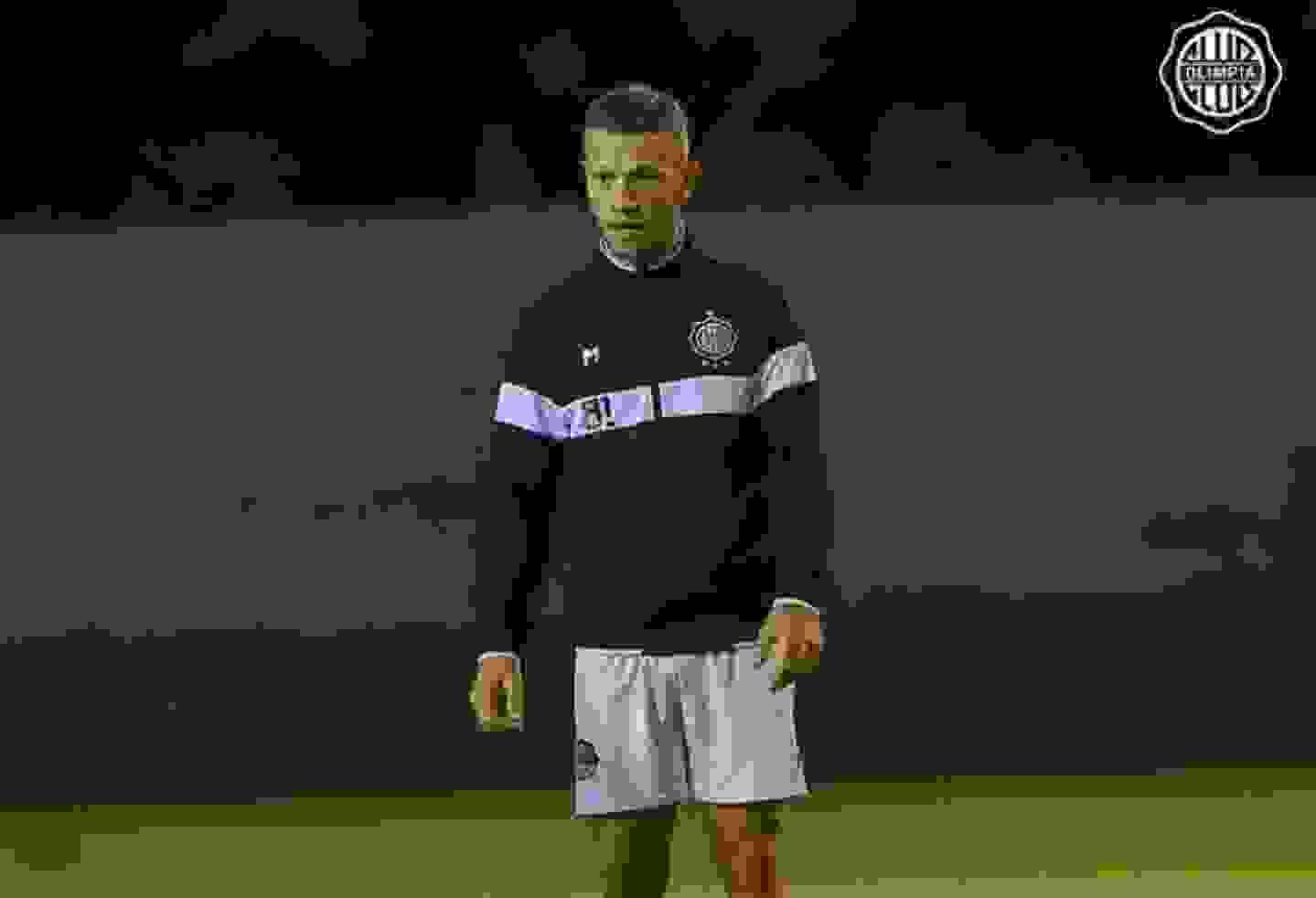 Nicolás Domingo fue ofrecido a la dirigencia de Independiente pero no convenció al cuerpo técnico.