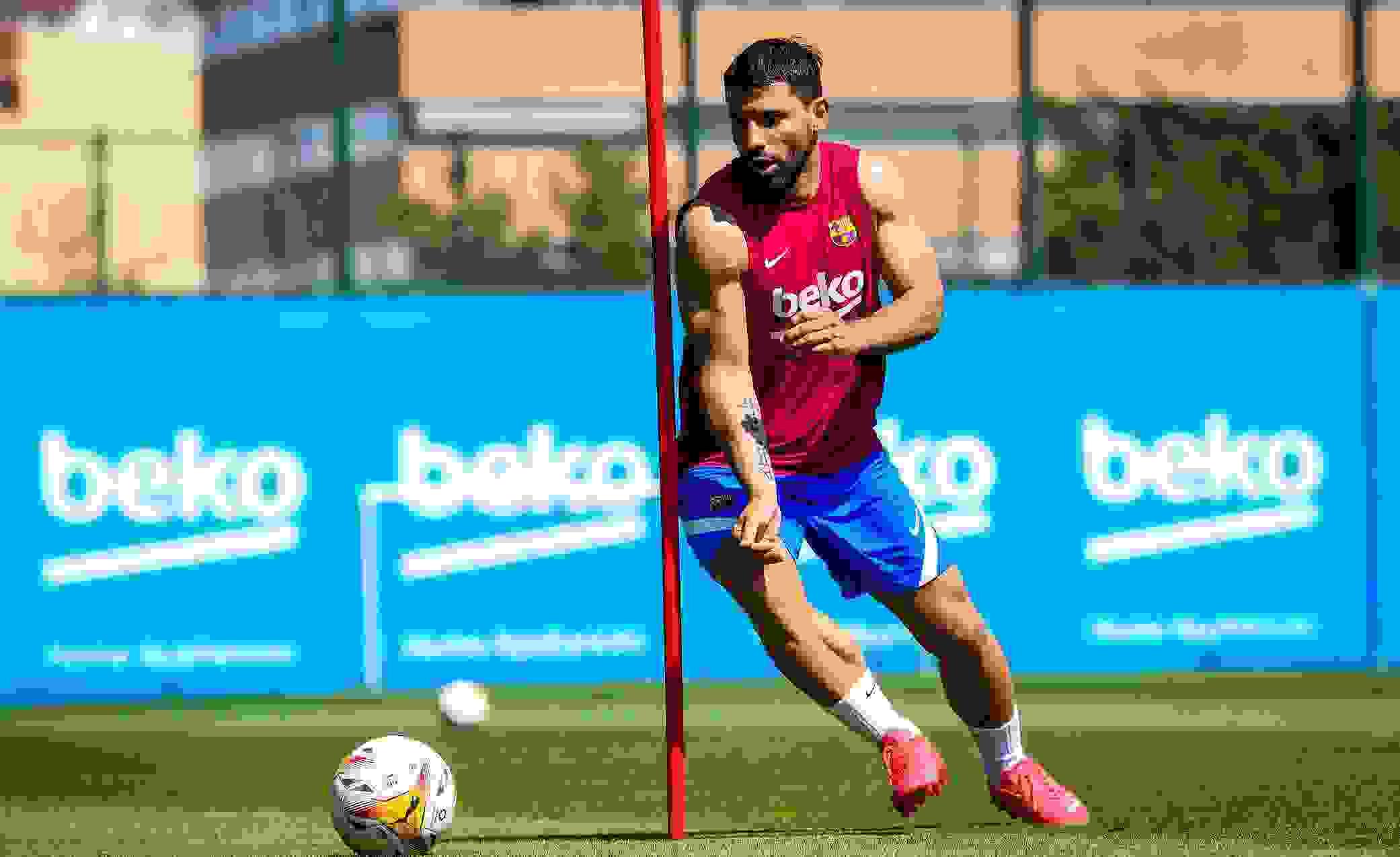 Escándalo: el Kun Agüero podría irse de Barcelona por la salida de Messi