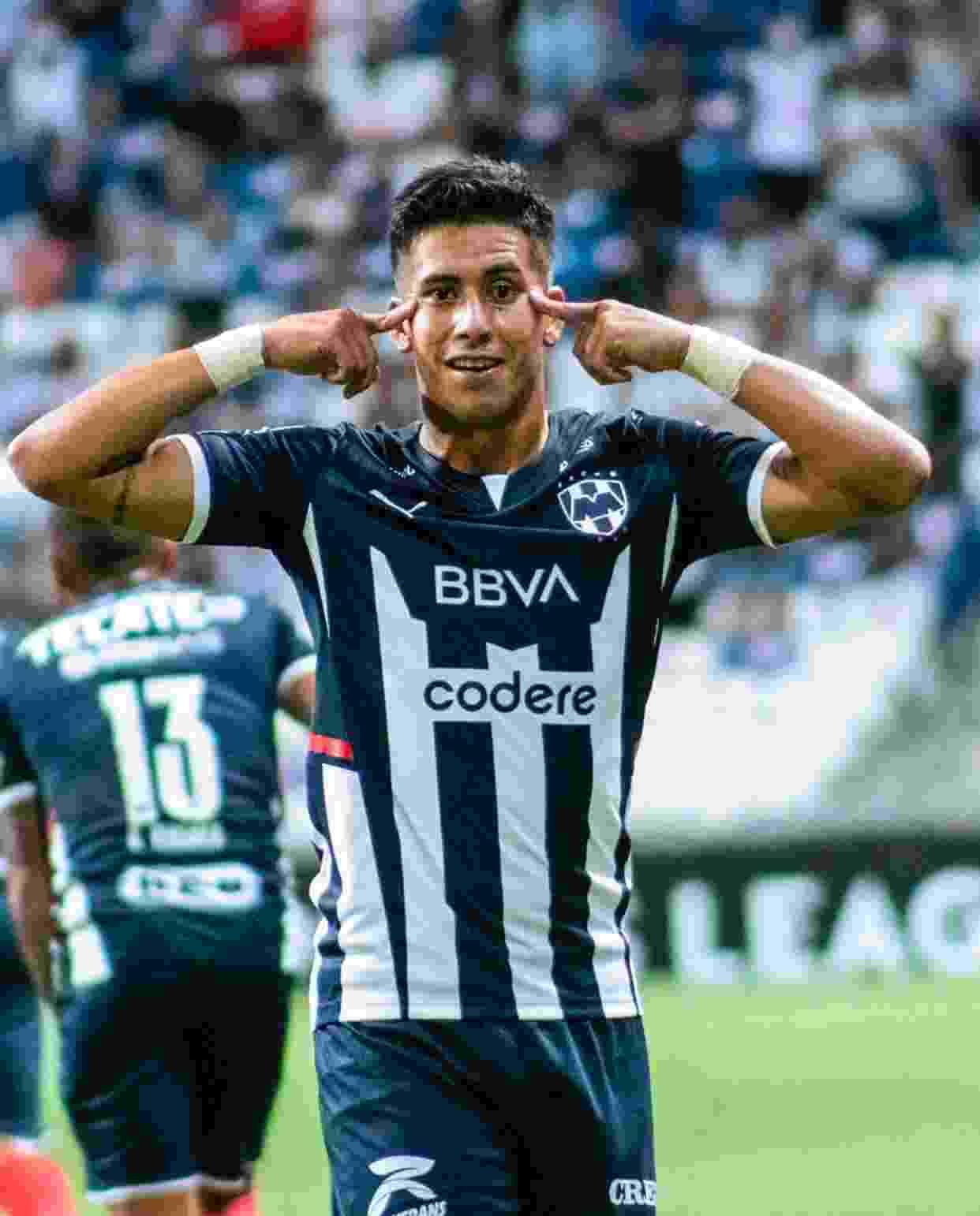 Maxi Meza anotó un gol que puede llegar a ser sumamente importante para Rayados.